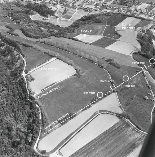 Vue aérienne du site prise dans les années 1970.