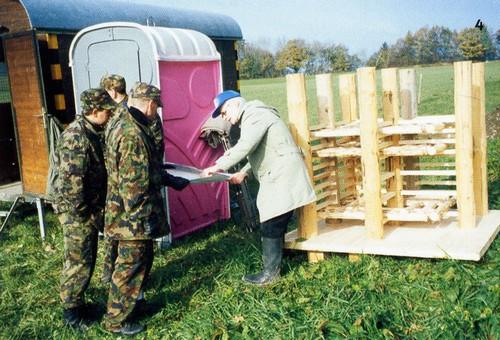 L'armée a mis à disposition ses troupes pour reconstruire un bout du rempart